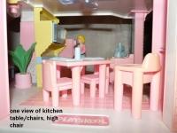 8_microwavekitchen2.jpg